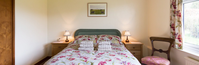 Meadow Cottage -  Farm Stay UK